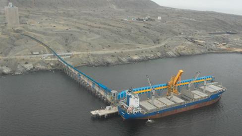 transporte-de-minerales-en-puertos